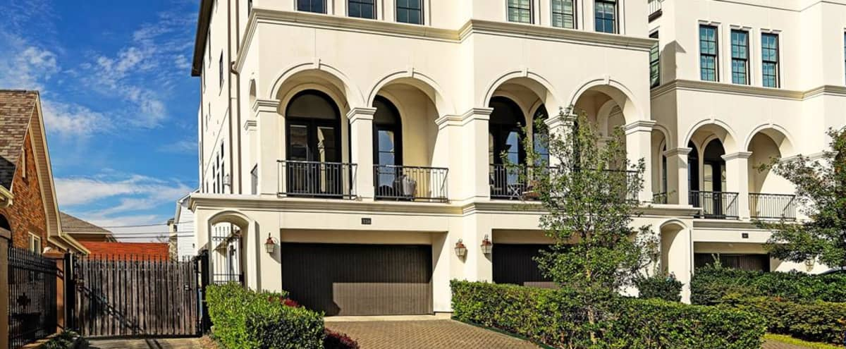 Luxury Montrose Townhome - Gorgeous views w/natural light in Houston Hero Image in Montrose, Houston, TX