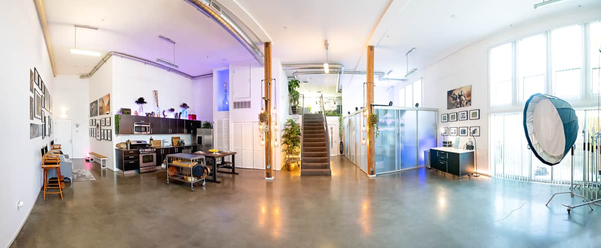 Gorgeous modern 2300 sq ft luxury loft & photography studio in Los Angeles Hero Image in undefined, Los Angeles, CA