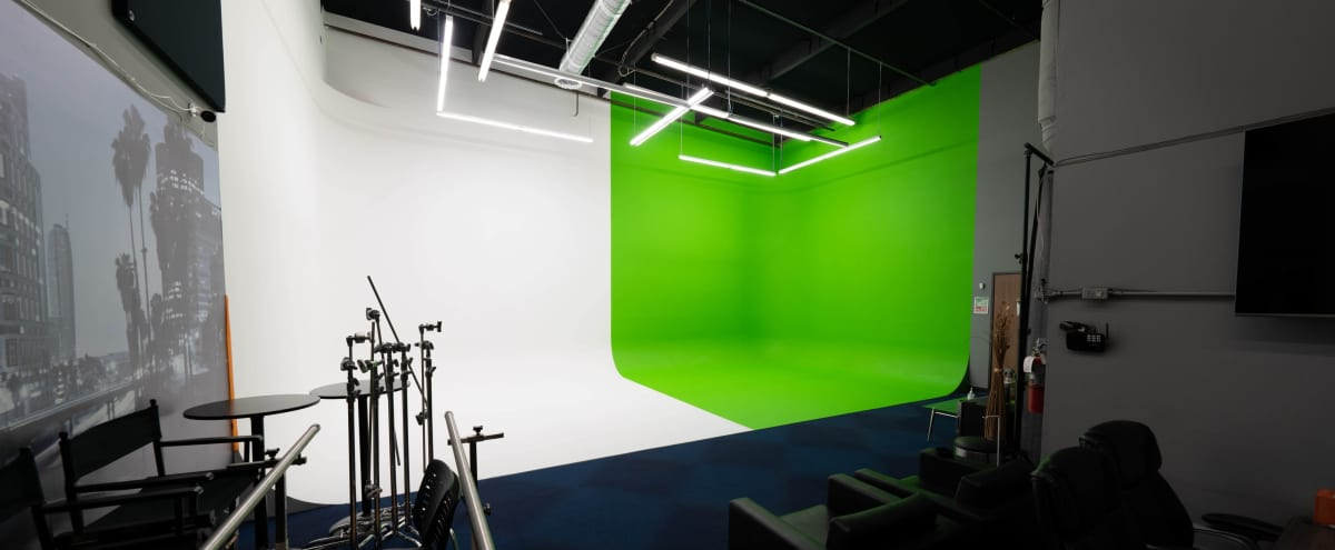 Green and White Infinity Wall Studio in Upland Hero Image in undefined, Upland, CA