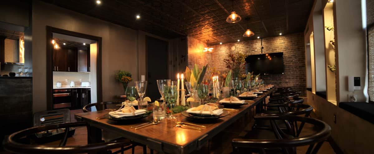 Intimate Dining Room or Meeting Space in New York Hero Image in Lower Manhattan, New York, NY