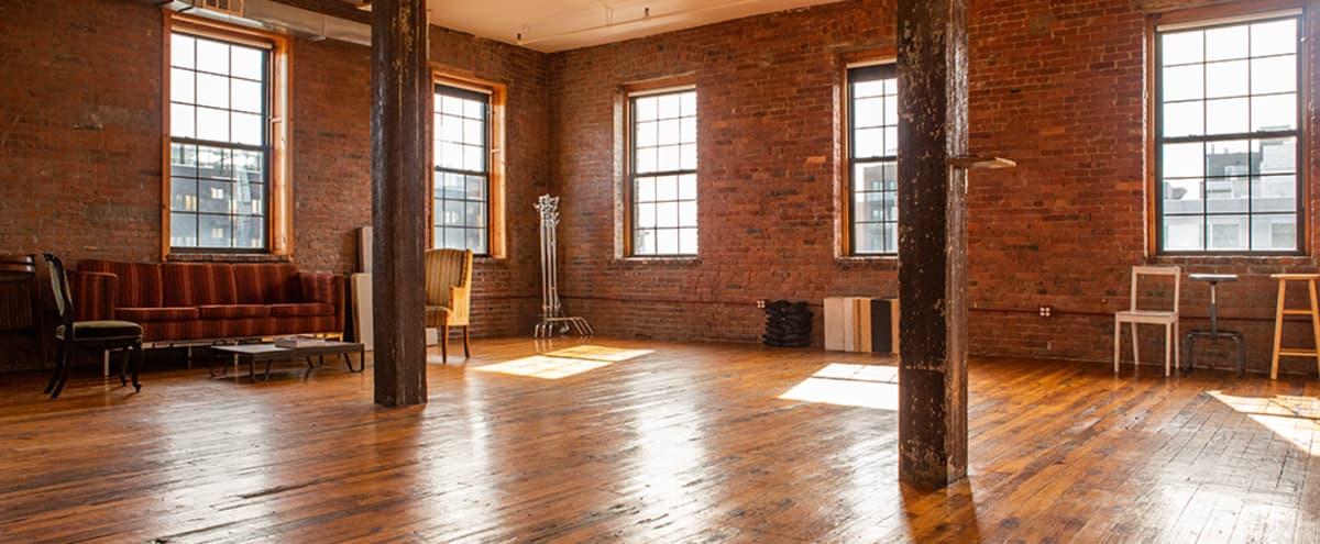 Full-Service Daylight Photo Studio in Greenpoint in Brooklyn Hero Image in Greenpoint, Brooklyn, NY