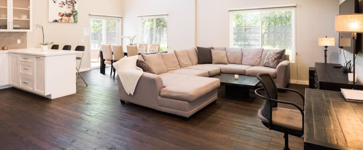 Luxury Modern Oaks Home in Sherman Oaks Hero Image in Sherman Oaks, Sherman Oaks, CA