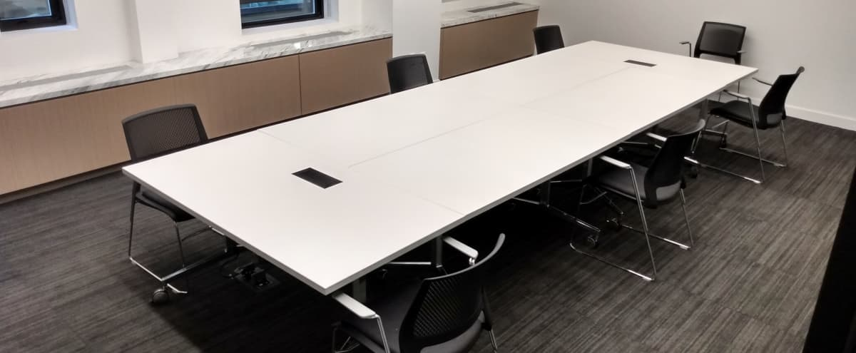 Modern Off Site Conference Meeting Room (B) in Midtown, Close to Bryant Park in New York Hero Image in Midtown, New York, NY