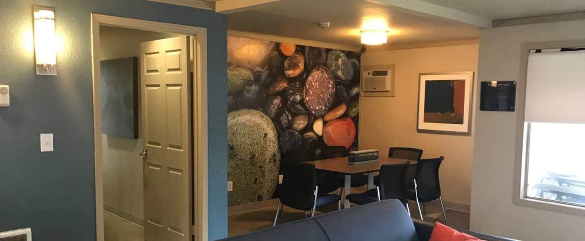 Cozy & Quiet Meeting Lounge in Renton in Renton Hero Image in undefined, Renton, WA