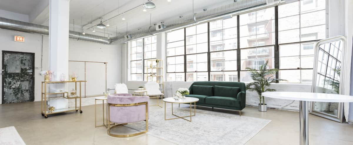 Stylish Chicago West Loop Loft in Chicago Hero Image in West Loop, Chicago, IL
