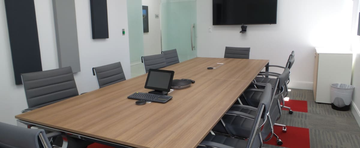 Modern Downtown Meeting Room for 10