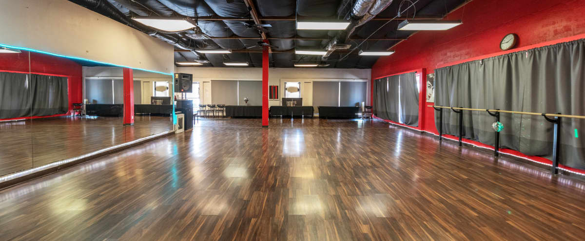 Beautiful Open Dance Hall with Floor to Ceiling Mirrors in Scottsdale Hero Image in South Scottsdale, Scottsdale, AZ