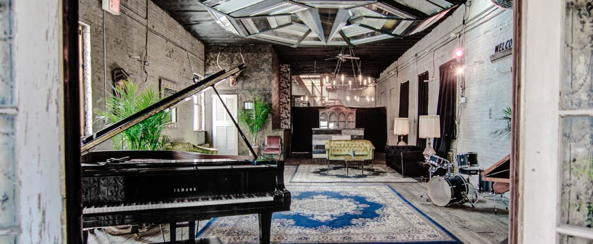 Gallery, Vintage Loft and Roof Deck in Brooklyn Hero Image in Williamsburg, Brooklyn, NY