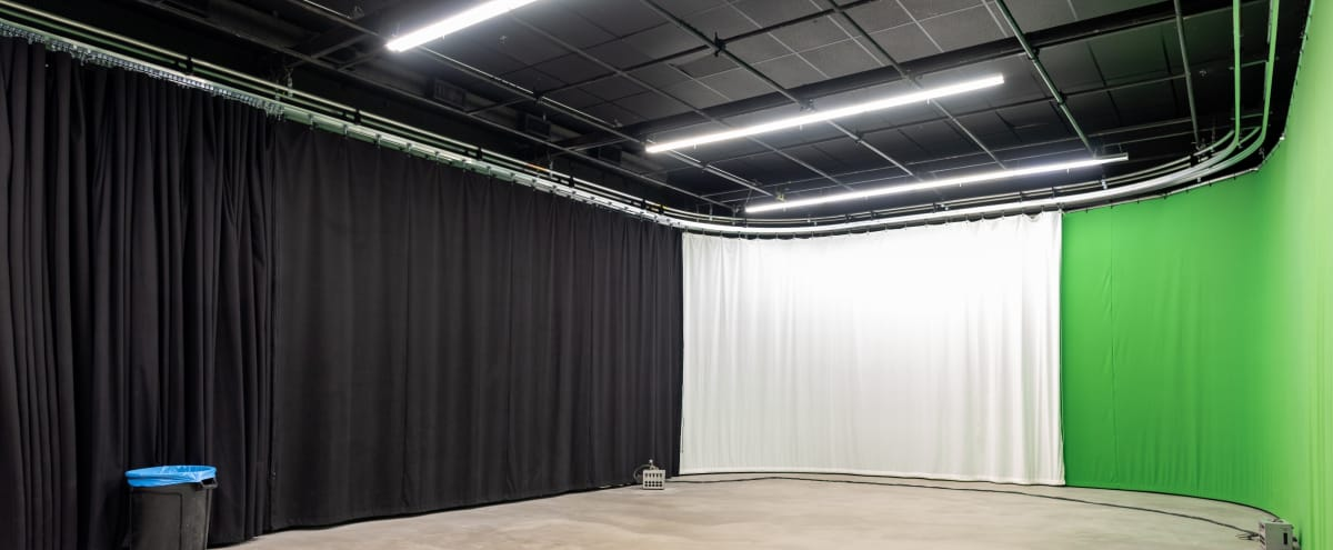 NEW! Large LA Film & Photo Studio with Green Screen, Black and Bleach Muslin Curtains! in Los Angeles Hero Image in Sawtelle, Los Angeles, CA