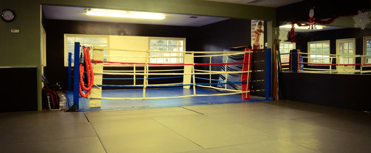 MMA, Martial Arts and Boxing Gym/Studio 30-Mile Zone in Canyon Country Hero Image in undefined, Canyon Country, CA