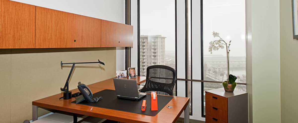 Day Office located in the Heart of San Francisco's Embarcadero Center in San Francisco Hero Image in Embarcadero, San Francisco, CA