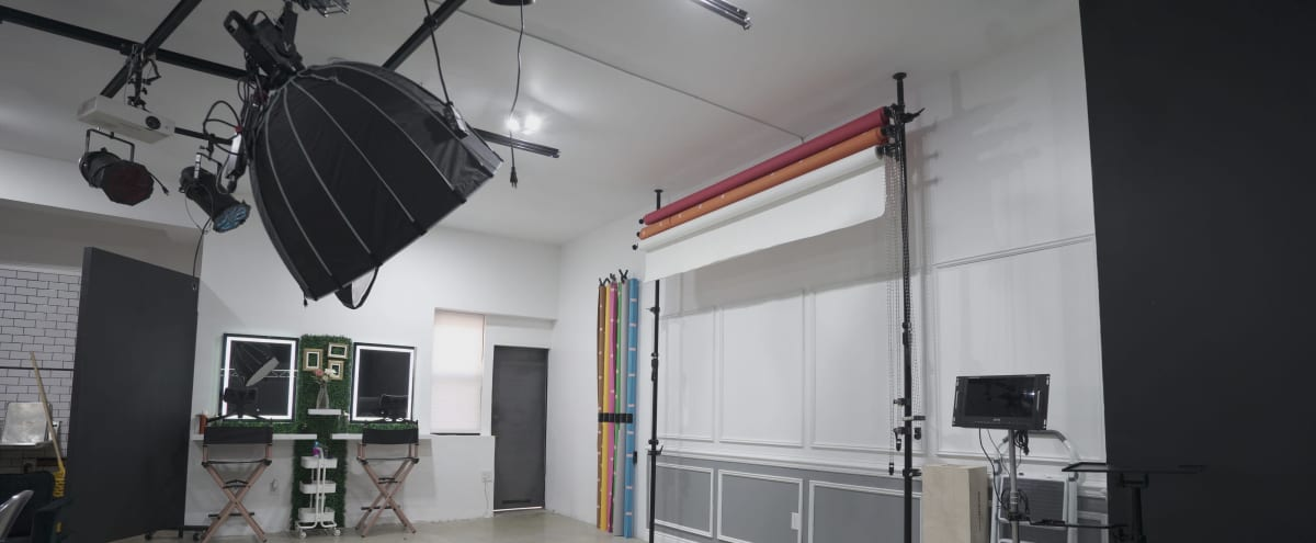 Urban Photography Warehouse in Irvington Hero Image in undefined, Irvington, NJ