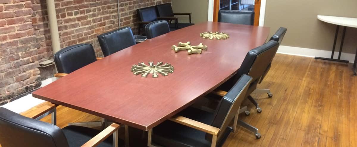 Perfect Downtown Meeting Room in Atlanta Hero Image in Downtown, Atlanta, GA