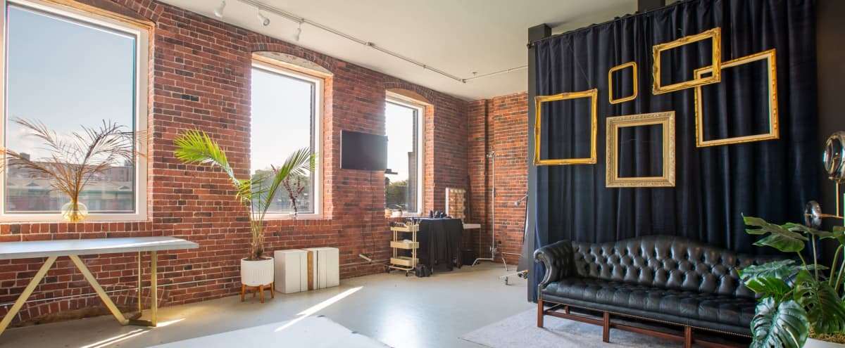 Bright and Chic South End Photo/Video Studio or Gallery/Small Meeting/Event Space in Boston Hero Image in South of Washington, Boston, MA