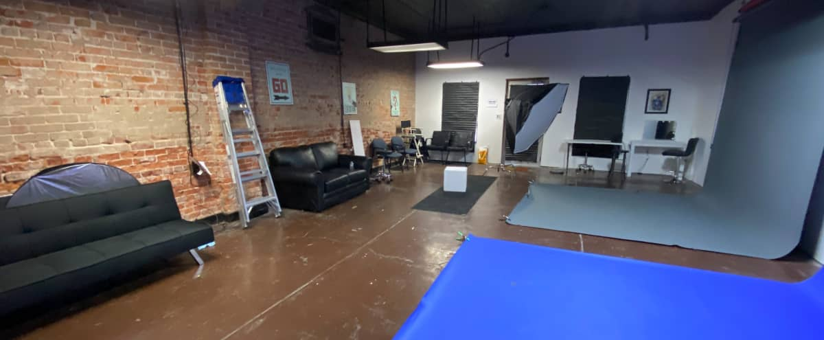 Boutique Photo Studio Space in Kansas City Hero Image in Shawnee Heights, Kansas City, KS