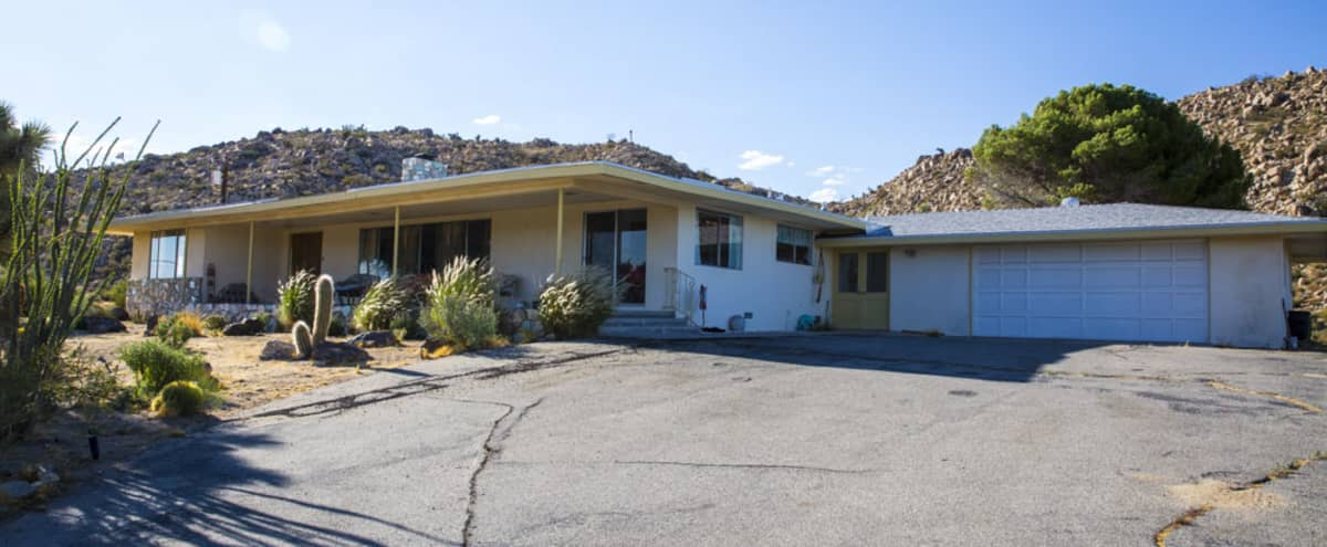 The Draper House - a Classic 1964 MCM House w/Views and Land in Yucca Valley Hero Image in undefined, Yucca Valley, CA