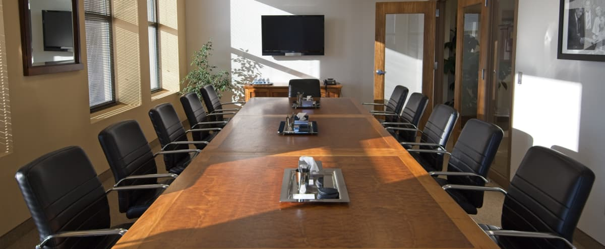 Multi-Layout Conference & Training Room w/City Views in Minneapolis Hero Image in Downtown West, Minneapolis, MN
