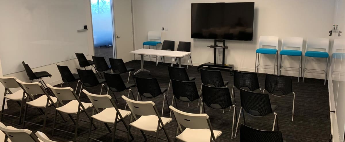 Flexible Off-Site Meeting Space | Academy in San Mateo Hero Image in Beresford Park, San Mateo, CA