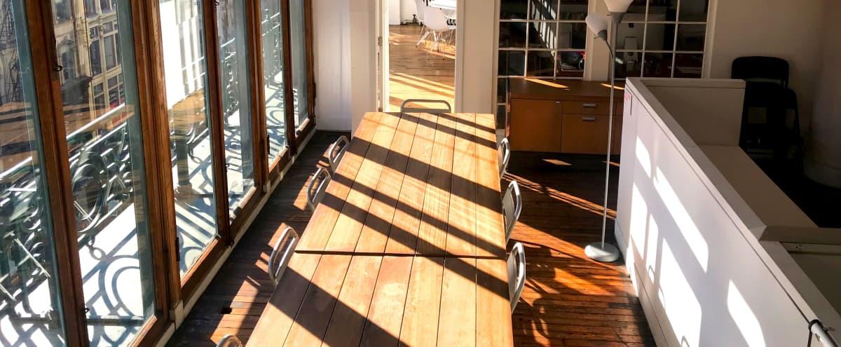 Soho WK ENDS w/EVENT VALET | Creative, Unpretentious | Sunny Front-Exposure | Loft-Style Main Rm + Breakouts in New York Hero Image in SoHo, New York, NY