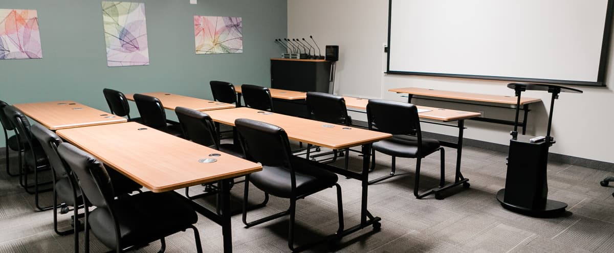 West Side High-Tech and High-Touch Meeting Space in Portland Hero Image in Hayhurst, Portland, OR