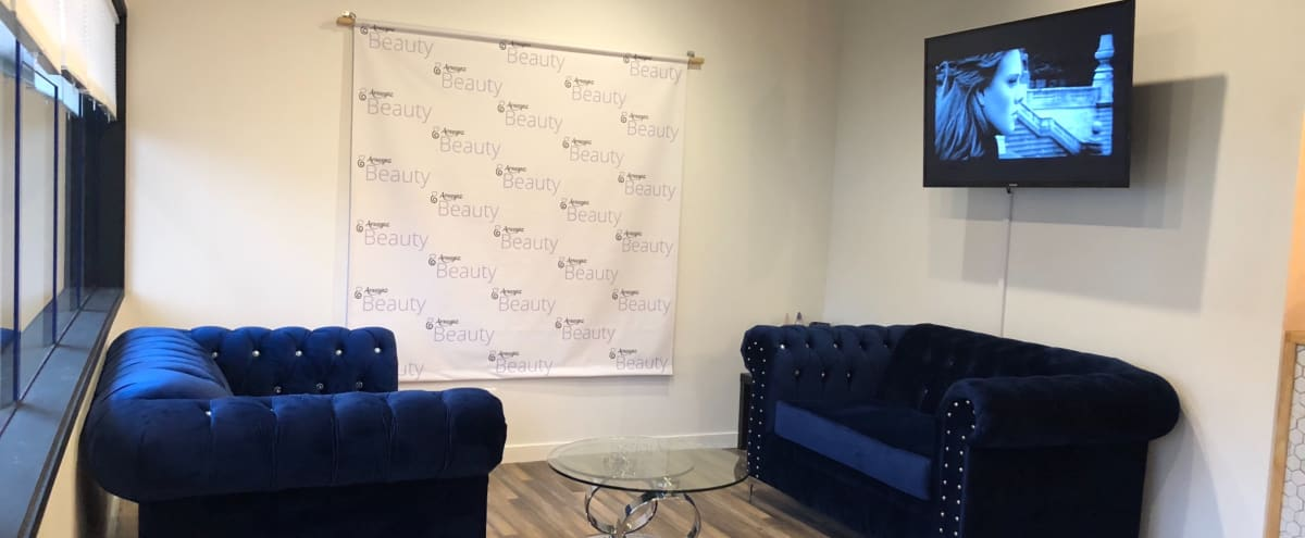 Posh Multi-functional space, ideal for meetings or private events in Renton Hero Image in undefined, Renton, WA