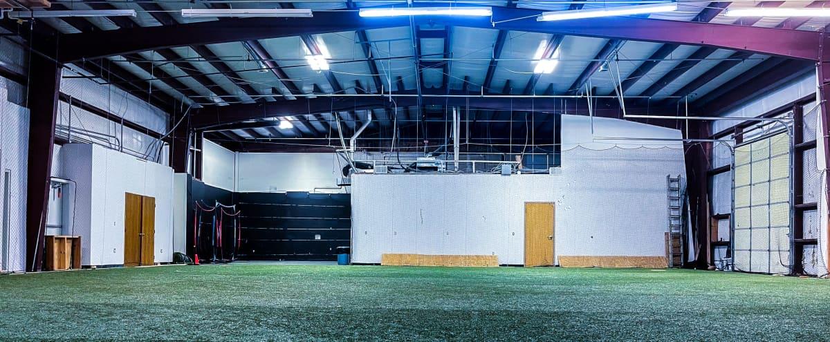 Multipurpose Production Studio in Shawnee Hero Image in Woodland Acres Industrial Park, Shawnee, KS