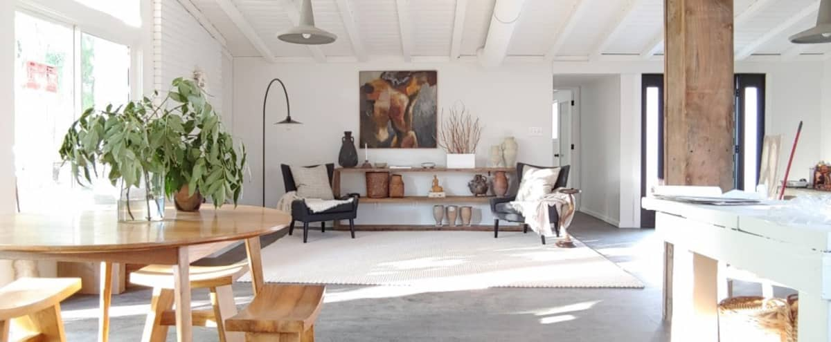 Urban/Mid-Century/Designer/Rustic-Modern/Scandinavian Ranch Home in UNINCORPORATED LA County in Chatsworth Hero Image in undefined, Chatsworth, CA