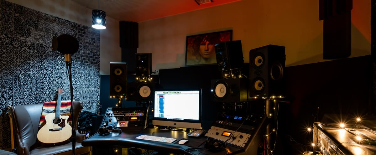 Intimate North Hollywood Recording Studio in North Hollywood Hero Image in North Hollywood, North Hollywood, CA