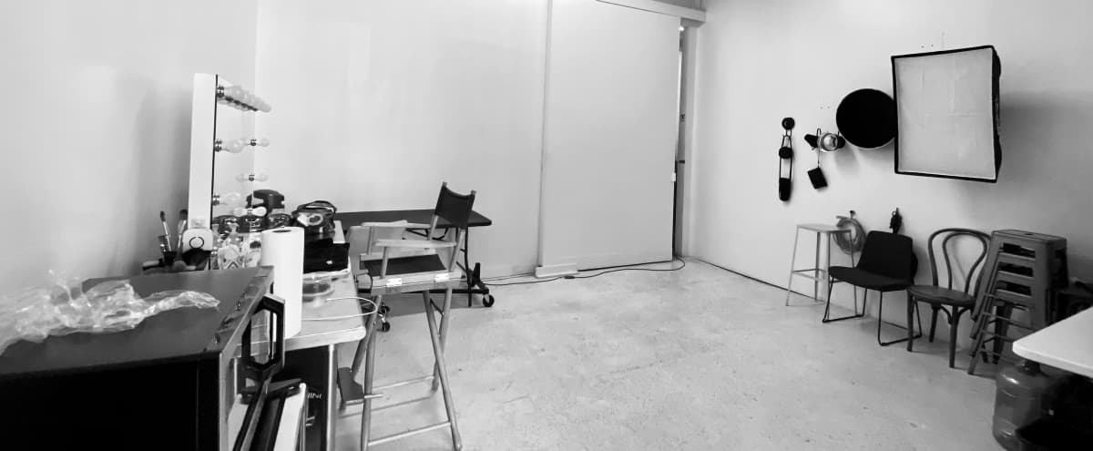 Spacious & Bright  Photo Studio/ 820 sq.ft in Brooklyn Hero Image in Sunset Park, Brooklyn, NY