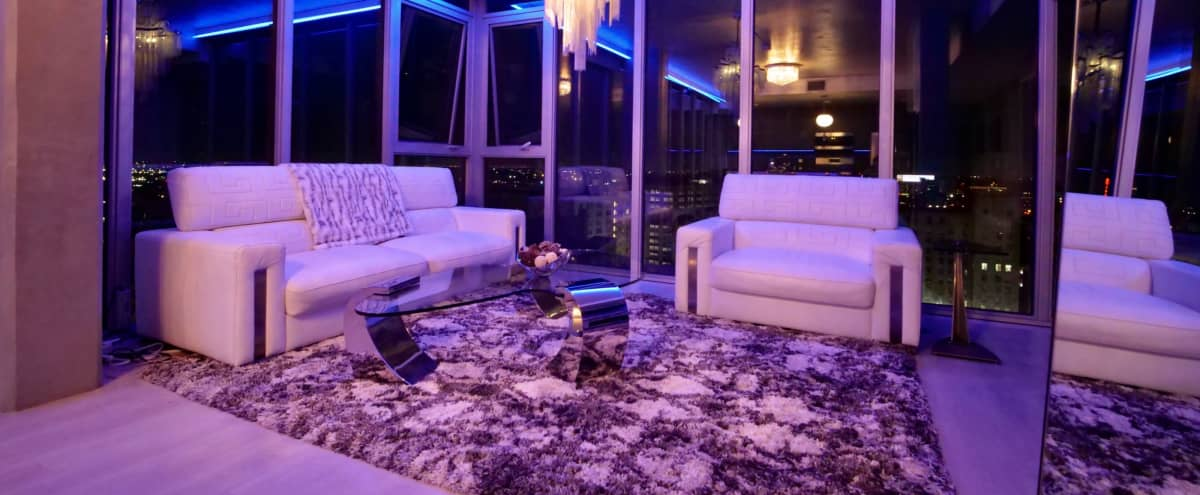 Downtown Apartment with Sky line & City Views in Los Angeles Hero Image in Central LA, Los Angeles, CA