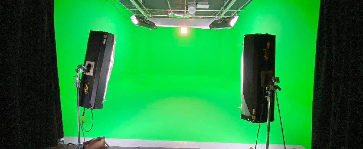 Pre-lit Sound Proof Green Screen Studio in Burbank Hero Image in undefined, Burbank, CA