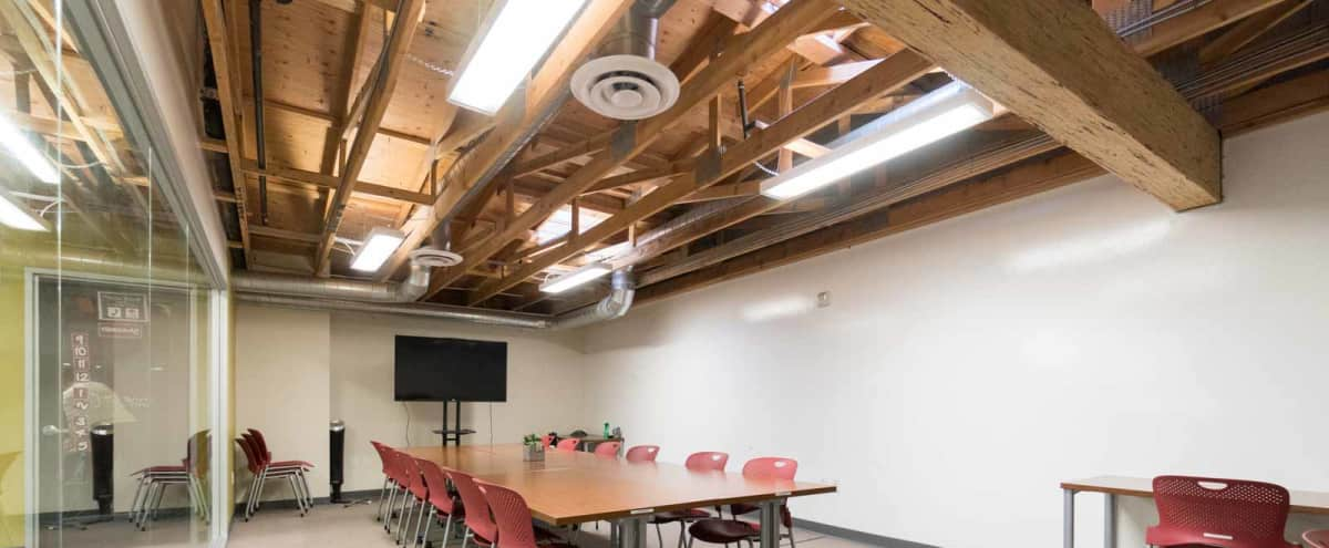 Spacious - Bright Conference Room for 20 in Oakland in Oakland Hero Image in Northgate - Waverly, Oakland, CA