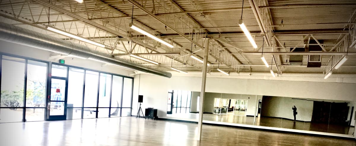 Modern Industrial Studio with Great Natural Light near Downtown in Vancouver Hero Image in undefined, Vancouver, WA
