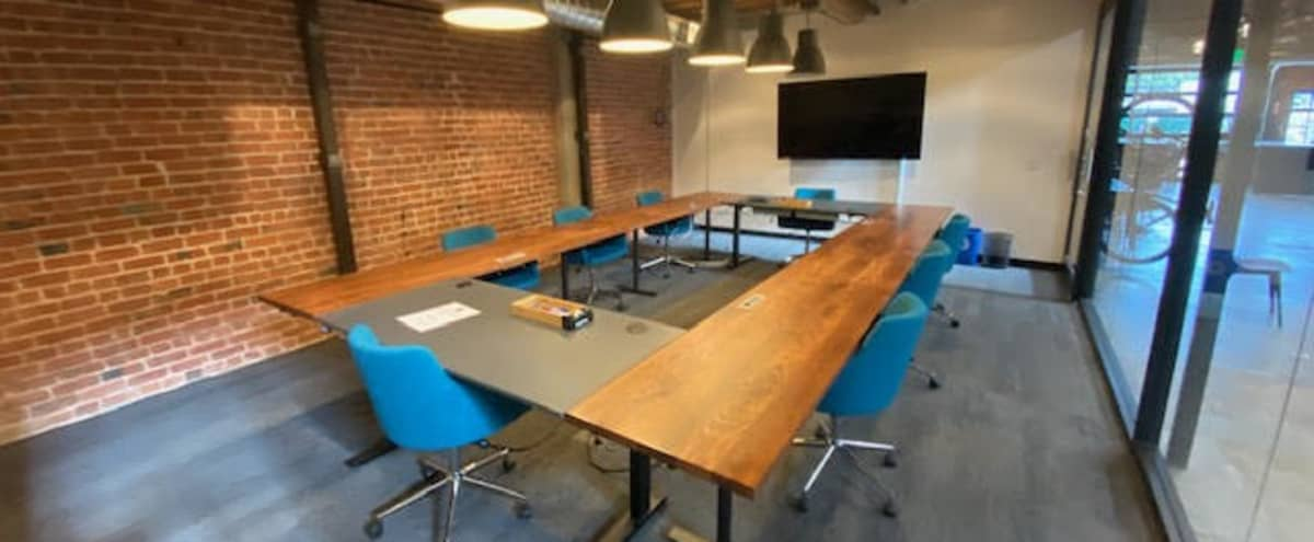 Large Industrial Chic Meeting Space (Seats up to 8) in Oakland Hero Image in Temescal, Oakland, CA