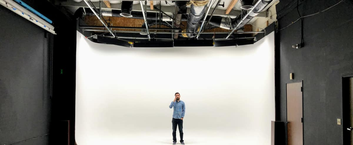 Pre-lit Sound Stage w 20ft cyc, HVAC in Milpitas Hero Image in Berryessa, Milpitas, CA