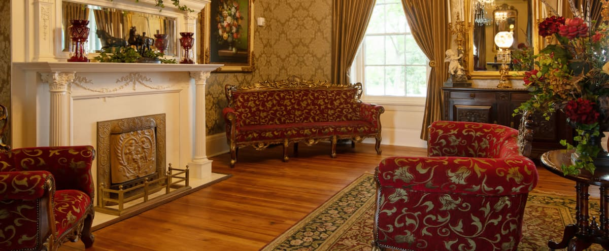 Historic Mansion Business Training Center in Nashville Hero Image in Donelson, Nashville, TN