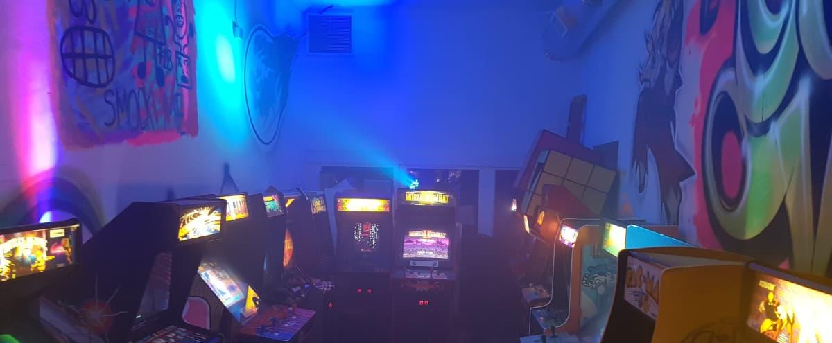 Melrose Ave Vintage Hidden Arcade in Los Angeles Hero Image in Central LA, Los Angeles, CA