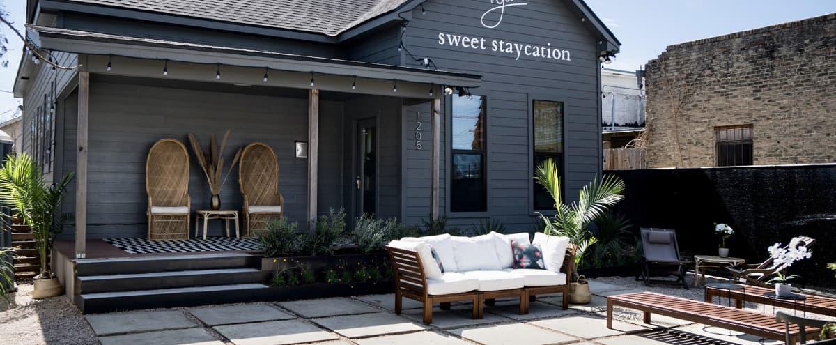 Bungalow with Indoor/Outdoor Space in Austin Hero Image in East Cesar Chavez, Austin, TX