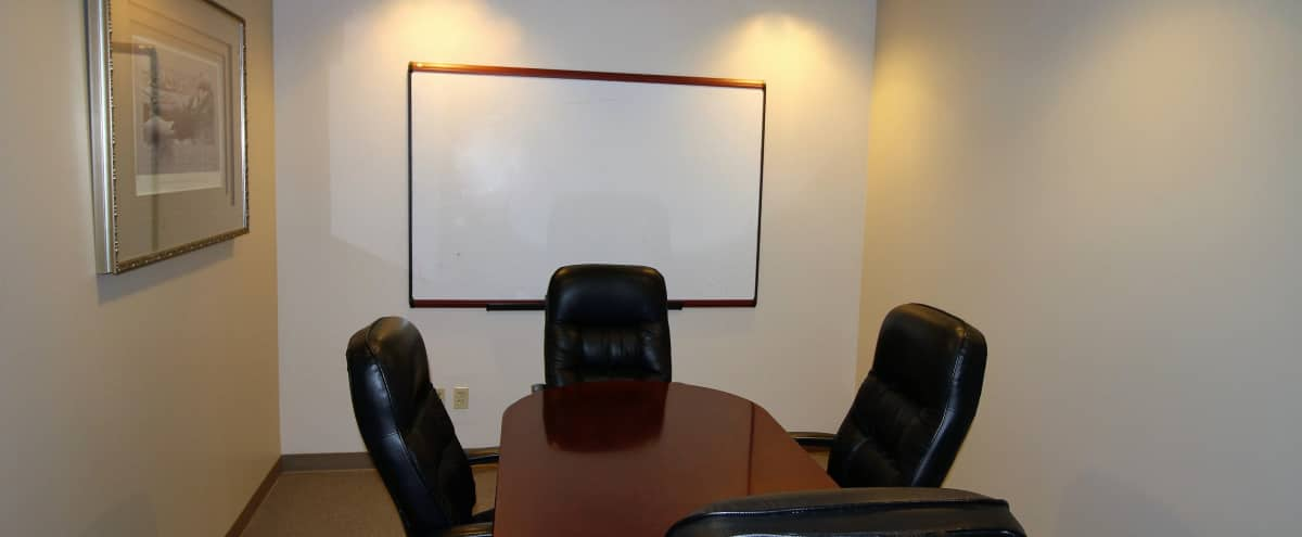 Intimate 4-Person Meeting Room in Issaquah Hero Image in North Issaquah, Issaquah, WA