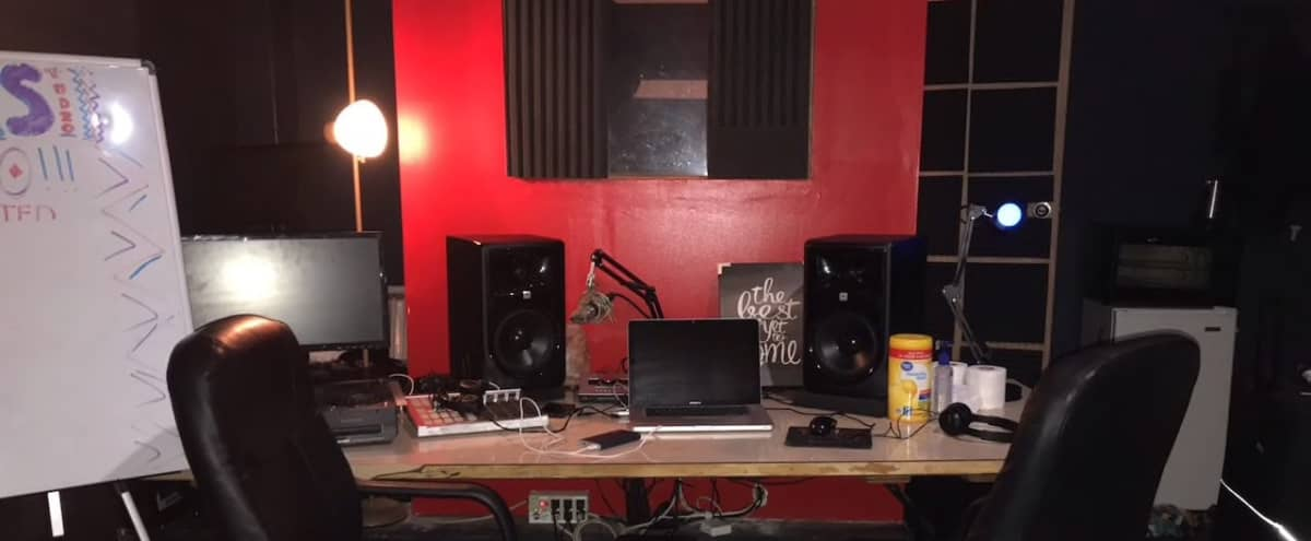 Music Studio Space w/Recording Equipment & Programs in Chicago Hero Image in West Humboldt Park, Chicago, IL