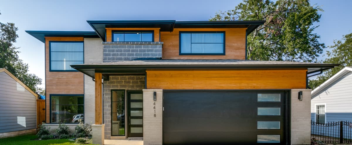 Modern Luxury Home w/ Ample Room to Collaborate in Dallas Hero Image in undefined, Dallas, TX