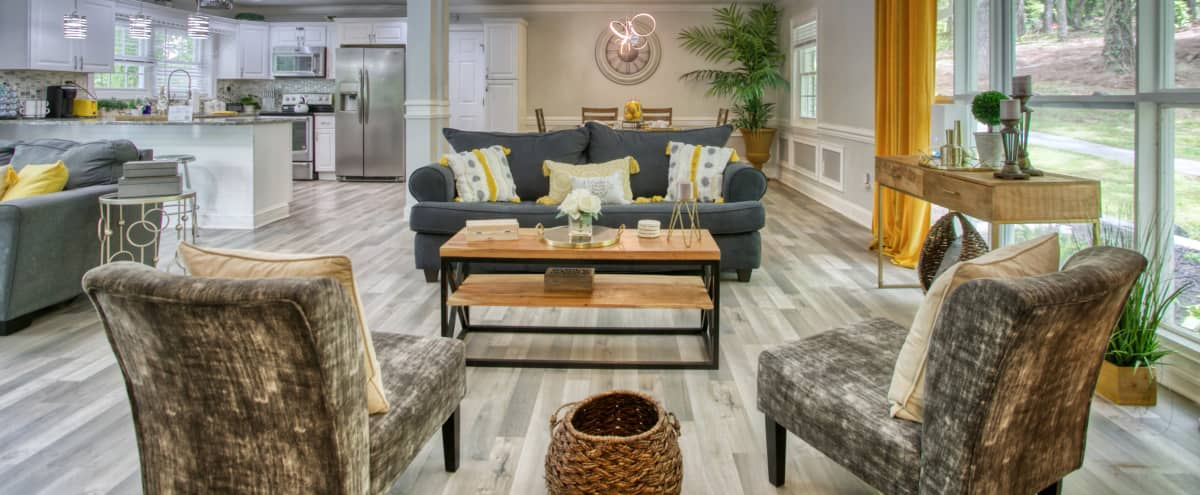 5-bedroom, 5-bathroom Home with Private Pool and Awesome Basement in Atlanta Hero Image in Audobon Forest West, Atlanta, GA