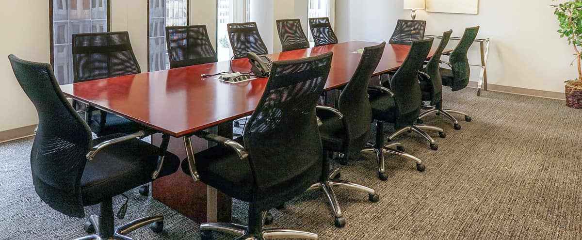 14 Person Peachtree Downtown Off-Site Board & Meeting Room in Atlanta Hero Image in Downtown, Atlanta, GA