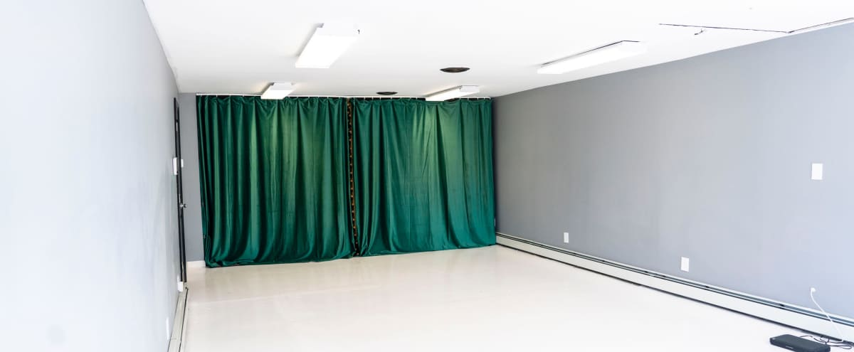 Urban Event Space for Intimate Gatherings in Clementon Hero Image in undefined, Clementon, NJ