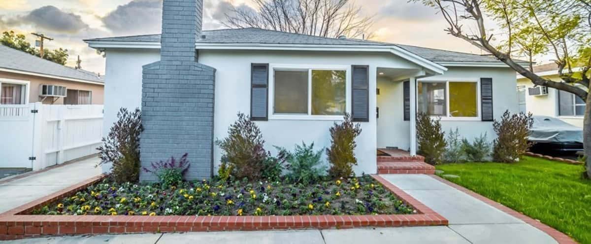 NOHO Creative Multi-Purpose California Home w/ large backyard in NORTH HOLLYWOOD Hero Image in North Hollywood, NORTH HOLLYWOOD, CA