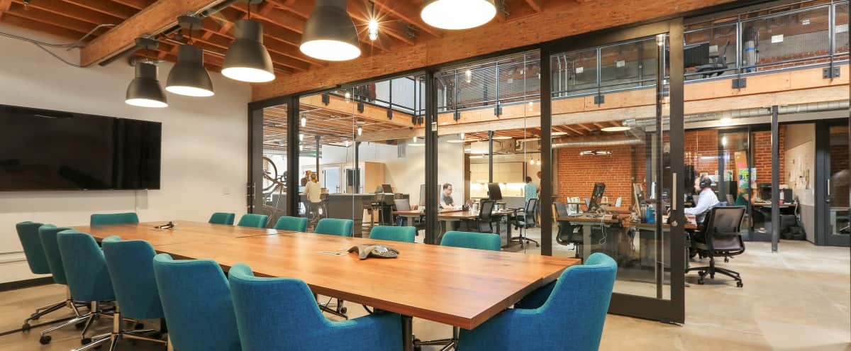 Large Industrial Chic Meeting Space (Seats up to 25) in Oakland Hero Image in Temescal, Oakland, CA