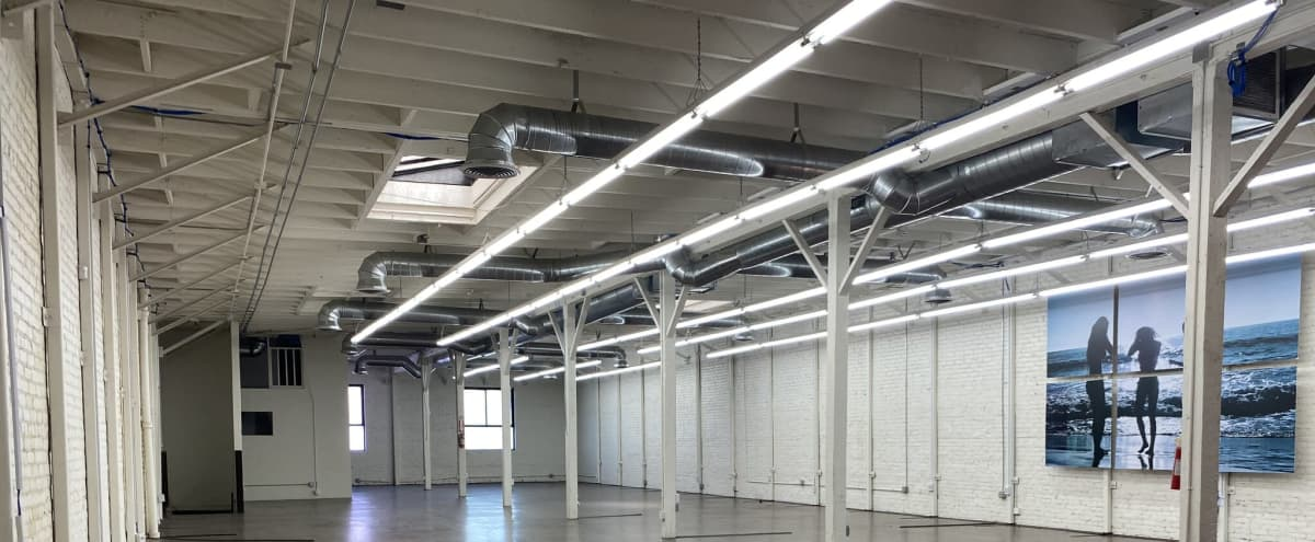 Upscale Warehouse with 360˚ Views of Arts District in Los Angeles Hero Image in Central LA, Los Angeles, CA