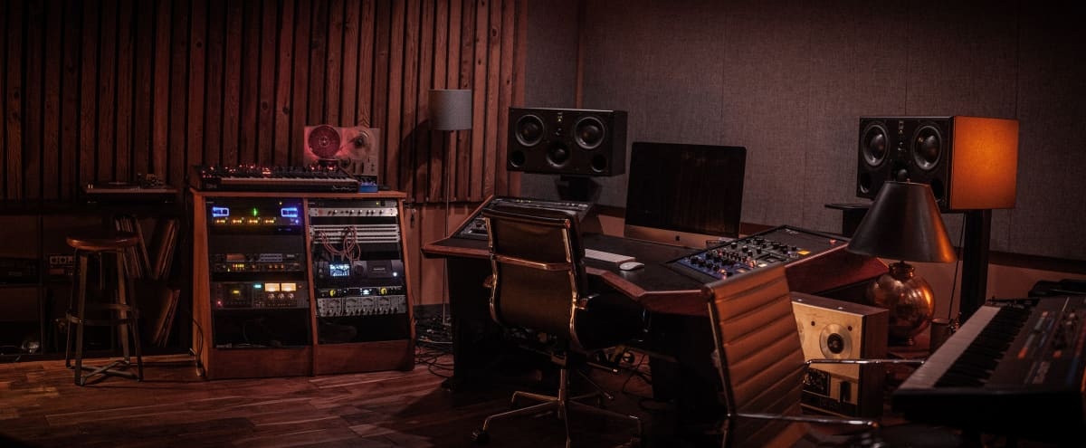 Stylish and Professional Recording/Production Space in the heart of Williamsburg in Brooklyn Hero Image in Williamsburg, Brooklyn, NY