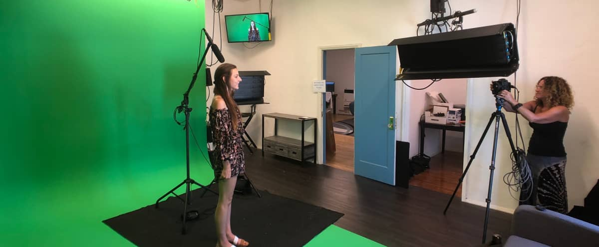 Fully Equipped Production Studio with Lighting, Backdrops, & More in Redondo Beach Hero Image in South Redondo, Redondo Beach, CA