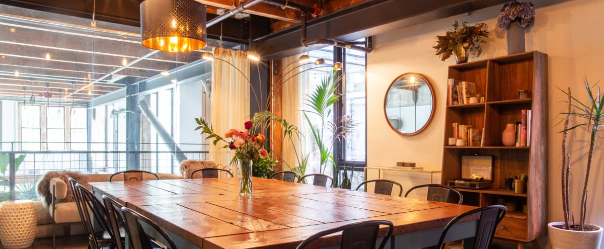 Versatile Urban Mezzanine Room with Natural Light in Capitol Hill in Seattle Hero Image in Pike/Pine, Seattle, WA